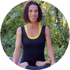 martine bounet, enseignante yoga in english au centre ysananda yoga à bordeaux